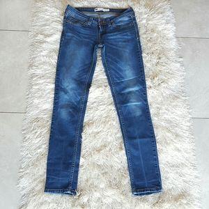 Levis Demi Curve Low Rise Skinny Size 27 Jeans